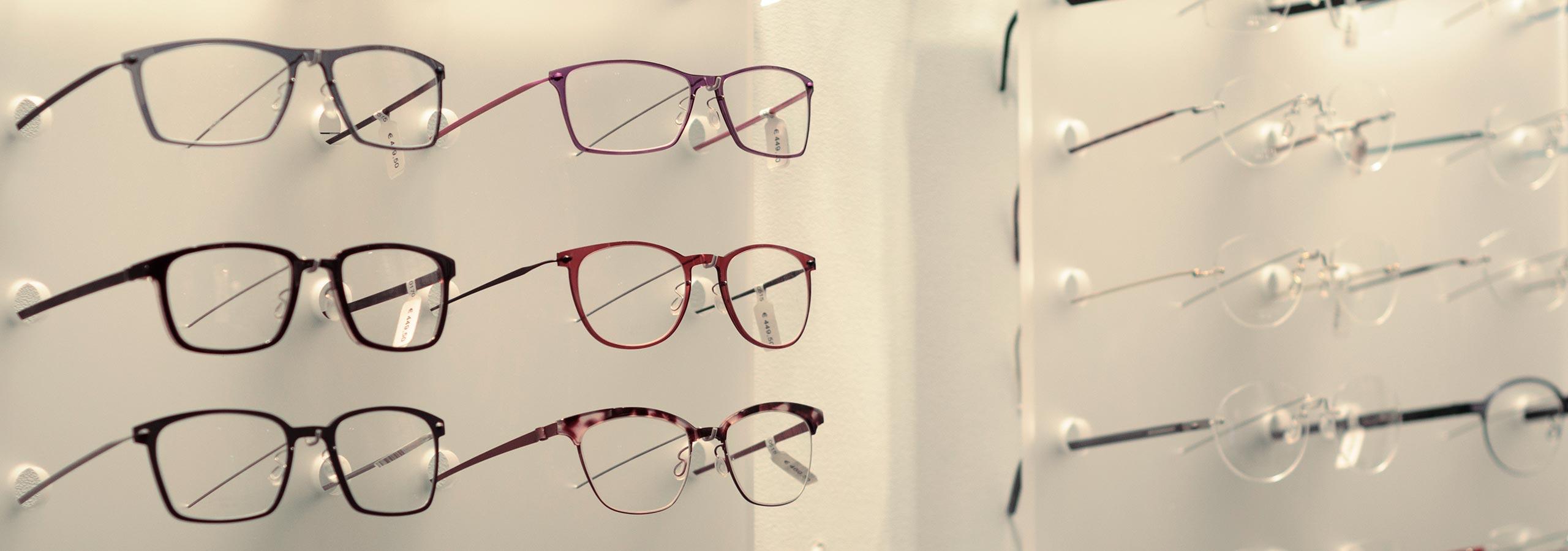 1cfee6131650e1 De beste brillen- en zonnebrillenmerken in BERGEN NH